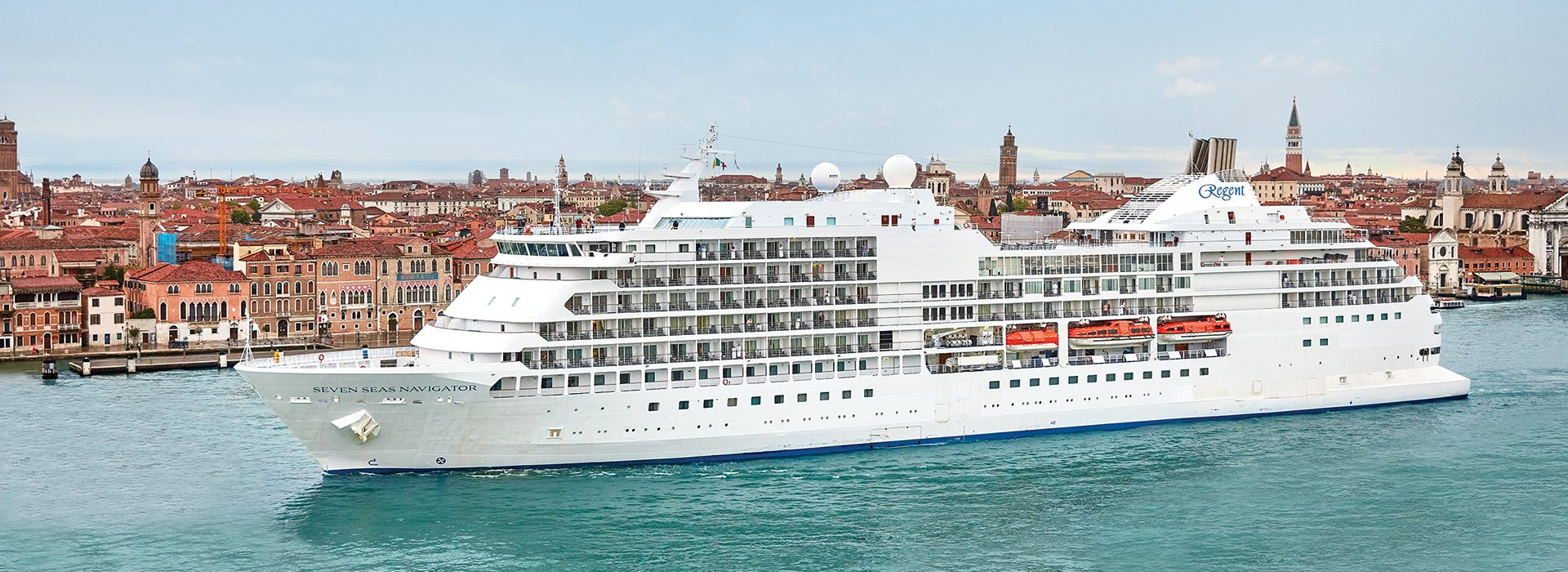 Regent Seven Seas, Kreuzfahrten, Navigator in Venedig