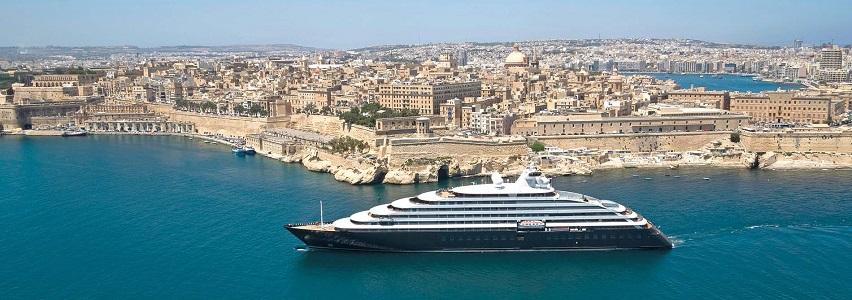 Scenic Eclipse vor Malta