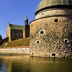 Göta Kanal Reise Blick auf Kloster Vadestena
